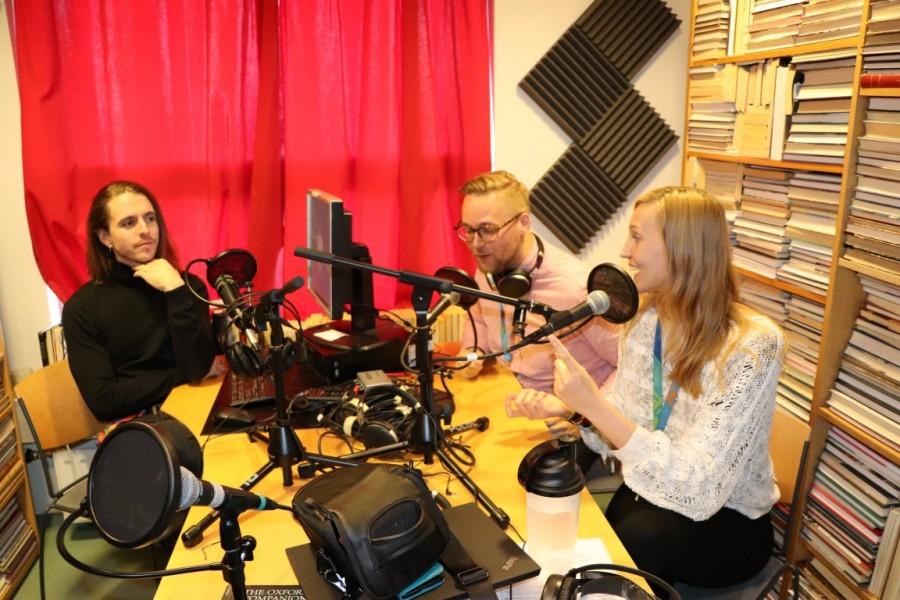 Ingi, Jóhannes og Esther í Kompunni